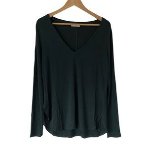 Aritzia Babaton Dark Forest Green Long Sleeve V-Neck Top Stretchy Shirt Size M